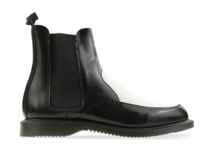 Dr. Martens Chelsea Leather Black Boots