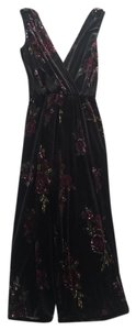 Xhilaration Floral Velvet V-neck Dress