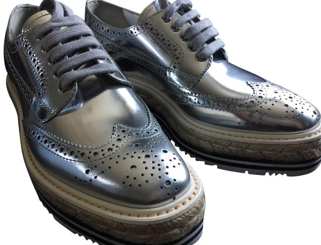 Item - Silver Metallic Brogues Platforms Size US 6.5 Regular (M, B)