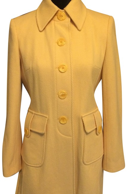 Item - Yellow 0000 Coat Size 4 (S)