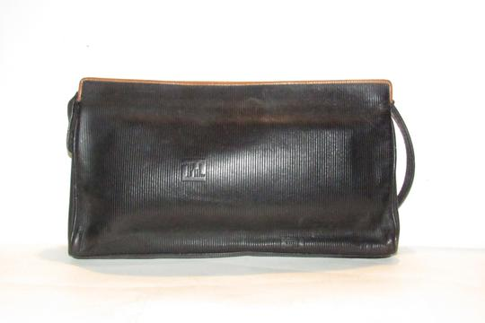 Fendi Mint Vintage Lagerfield Influence Asian/Deco Look Embossed Linear/Ff Logo Print black leather with a linear design and camel trim Clutch Image 3