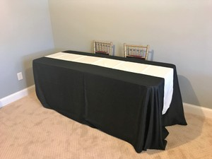 Ivory 15 Runners Tablecloth