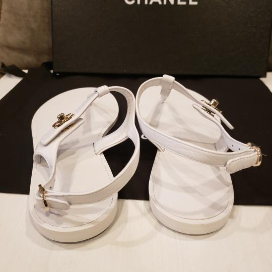 Chanel Cc Thong T Strap Turnlock Ankle Strap White Sandals Image 3