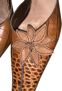 Linea Paolo Crocodile Leather Slides Flower Embossed Brown Mules