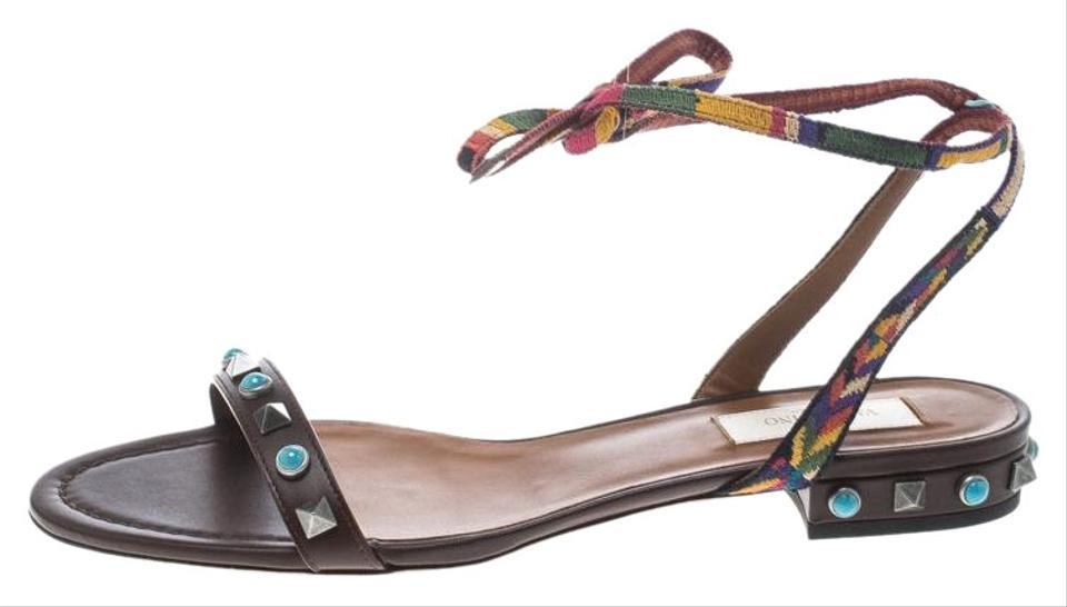 517d37eab45e Valentino Brown Leather Rockstud Rolling Ankle Wrap Flat Sandals. Size  EU  37.5 ...