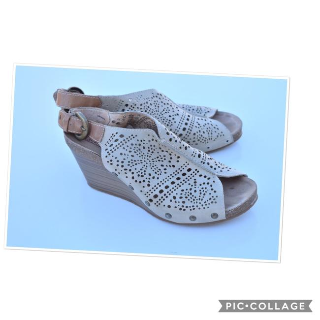 PIKOLINOS Light Sage Perforated Leather Wedges Size US 9 Regular (M, B) PIKOLINOS Light Sage Perforated Leather Wedges Size US 9 Regular (M, B) Image 1