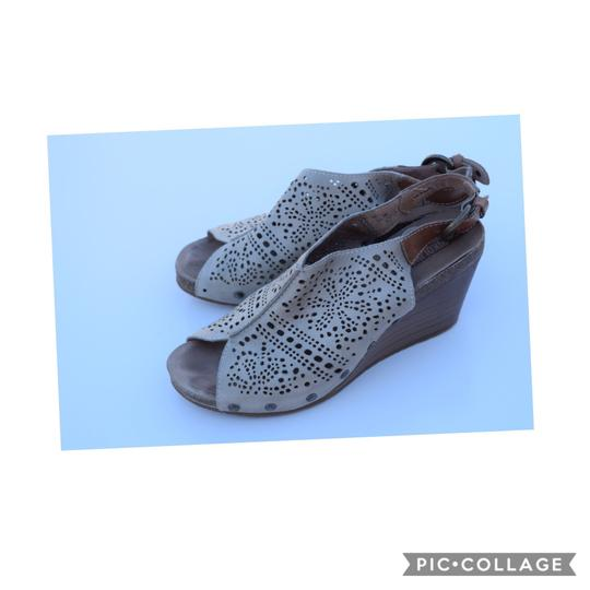 PIKOLINOS light sage Wedges Image 1