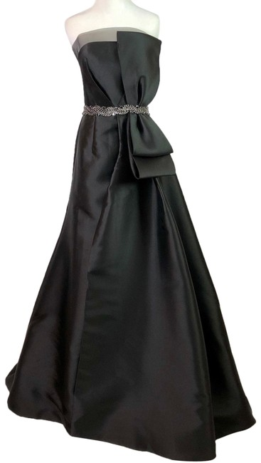 Preload https://img-static.tradesy.com/item/24752407/terani-couture-black-bow-strapless-gown-long-formal-dress-size-8-m-0-1-650-650.jpg