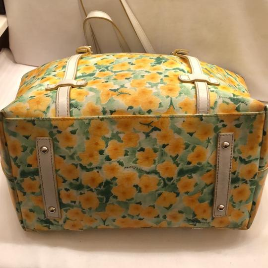 Dooney & Bourke Tote in yellow and white Image 10