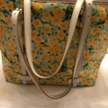 Dooney & Bourke Tote in yellow and white Image 11