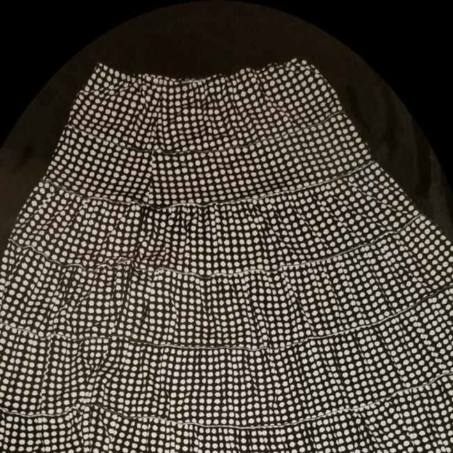 Preload https://img-static.tradesy.com/item/24752466/max-studio-brown-and-white-dots-fits-to-13-skirt-size-12-l-32-33-0-0-650-650.jpg