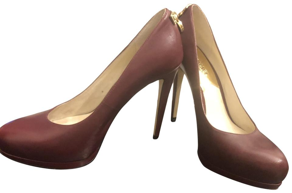 b5d2747ab7b3 MICHAEL Michael Kors Gold Hardware Leather Platform Sleek Chic Wine    Burgundy Pumps Image 0 ...