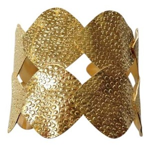 DINA MACKNEY DINA MACKNEY AUTHENTIC NWT GOLD PETAL CUFF
