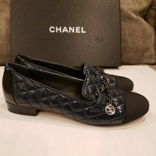Chanel Loafers Moccasin Chain Deerskin Navy Blue/Black Flats Image 7