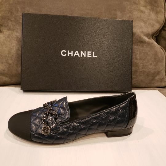 Chanel Loafers Moccasin Chain Deerskin Navy Blue/Black Flats Image 9