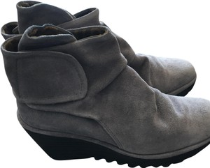 FLY London Yegi Ash Oil Suede Wedge grey Boots