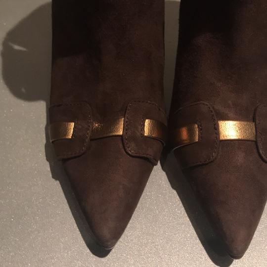 Laundry by Shelli Segal Suede Pointed Toe Stiletto Brown/Gold Metallic Boots Image 8