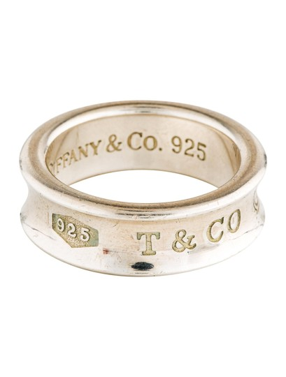 Preload https://img-static.tradesy.com/item/24753164/tiffany-and-co-silver-1837-concave-ring-0-0-540-540.jpg
