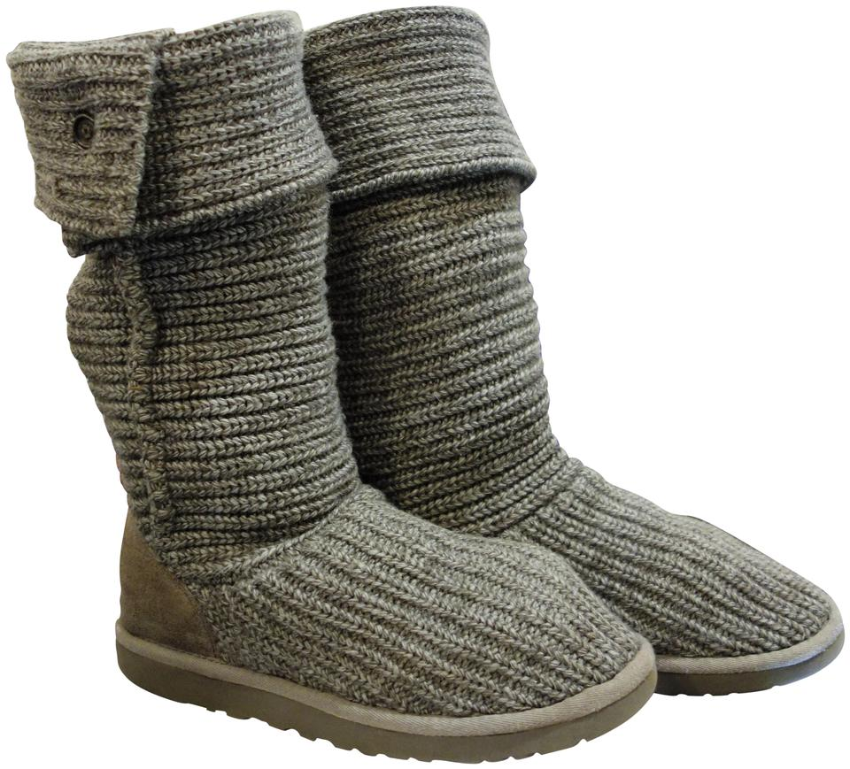 5a739d1cd95 UGG Australia Grey Classic Cardy Boots/Booties Size US 8 Regular (M, B) 53%  off retail