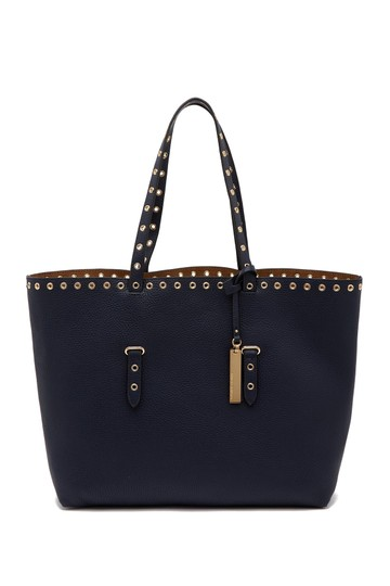 Preload https://img-static.tradesy.com/item/24755153/vince-camuto-areli-material-lrpeus-shoulder-winter-navy-leather-tote-0-0-540-540.jpg