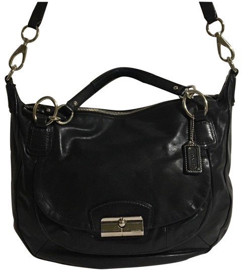 Preload https://img-static.tradesy.com/item/24755849/black-leather-cross-body-bag-0-1-540-540.jpg