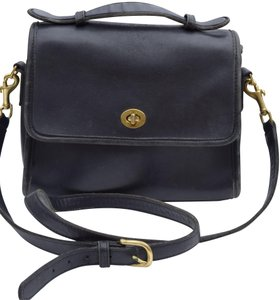 5dcf3394ee2 Coach Vintage Bags - Up to 70% off at Tradesy