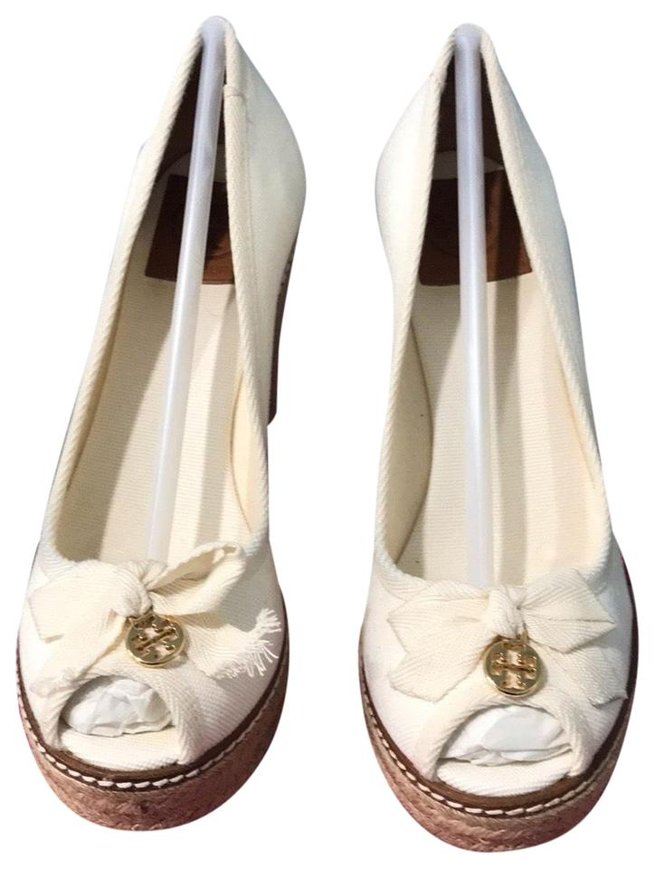 dcb7b193efe5 Tory Burch Ivory Jackie Wedges Size US 7.5 Regular (M