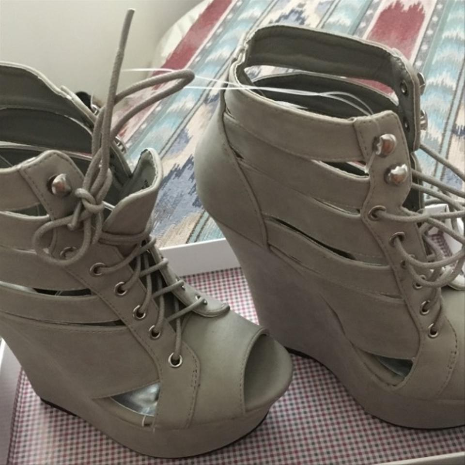 d61e93a6feae Dollhouse Gray Knockout Lace Up Wedge Sandals Boots Booties Size US 7.5  Regular (M