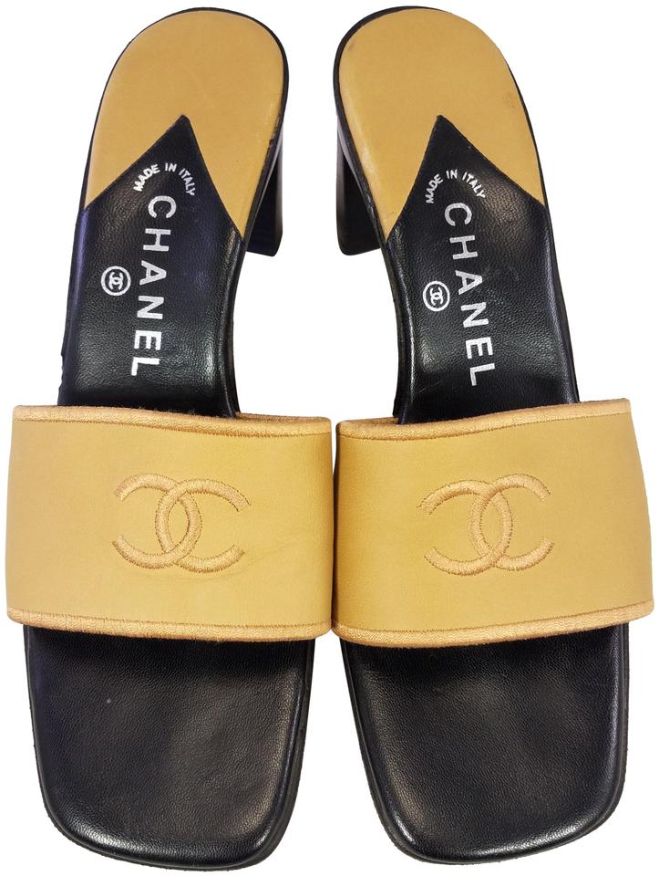 1e08db21670 Chanel Beige Woman Slides Leather Cc Logo Embroidery 39 9 Sandals. Size  EU  39 (Approx.