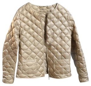 5f22b5f2a1f2b6 Uniqlo Light Down Travel Layering Champagne Jacket - item med img