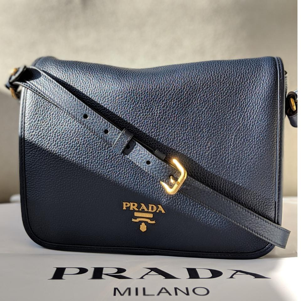 5f845166eec690 Prada Pattina Phenix Vitello Baltico Shoulder Hand 1bd091 Navy ...