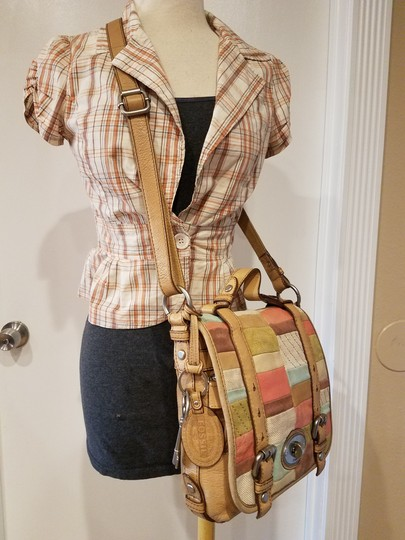 Fossil Maddox Reissued Purse And Clutch Matching Set Satchel in Light Gold/beige Image 3