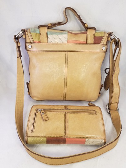 Fossil Maddox Reissued Purse And Clutch Matching Set Satchel in Light Gold/beige Image 6