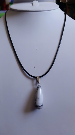 Fashion Jewelry For Everyone White Howlite Teardrop with Leather Cord Pendant Necklace Image 3