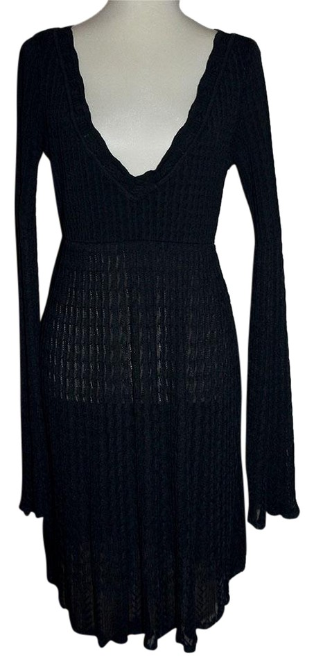 3d9841afa80 ALAÏA Black Knit Bell Sleeve Deep V Mid-length Short Casual Dress ...