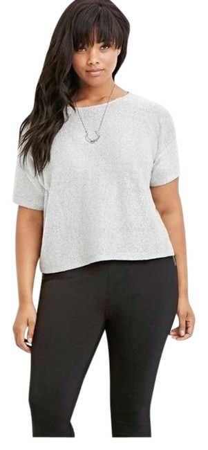 Item - Shortened Sleeve Plus Size New Knit Shimmer Silver Metallic Top