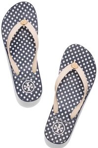 4f1b9ce12ff0bb Tory Burch Sandals - Up to 90% off at Tradesy