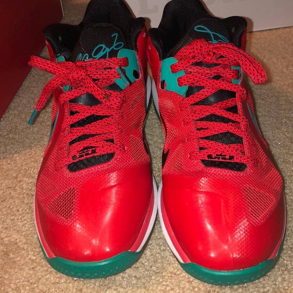 new product 142e6 e6376 Nike Red, green,   black Athletic Image 8. 123456789