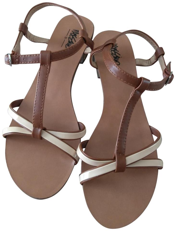 4d05360d07c Mossimo Supply Co. Cream Tan Brown Euc Strappy Low-chunky Heel 6.5m Sandals