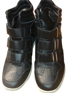 3c47923a5bdd Levi s Black Limited Edition Sneaker Sneakers Size US 8.5 Regular (M ...