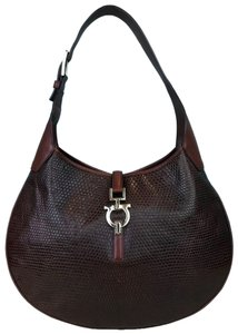 eac4fb63a0aa Red Salvatore Ferragamo Shoulder Bags - Up to 90% off at Tradesy