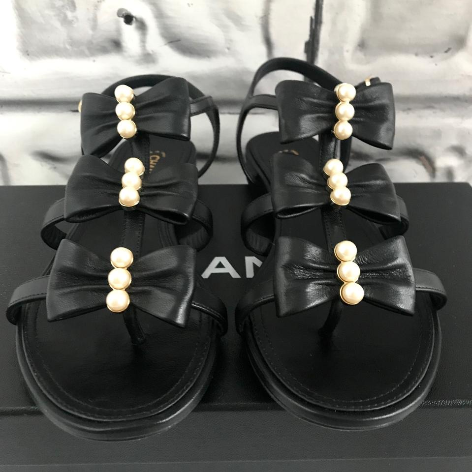 61875c1040a Chanel Black New with Bows and Pearls Sandals Size EU 37 (Approx. US 7)  Regular (M