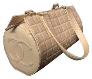 61dacf54da06 Chanel Large Chocolate Bar Quilted Barrel Light Pink Cream Leather ...