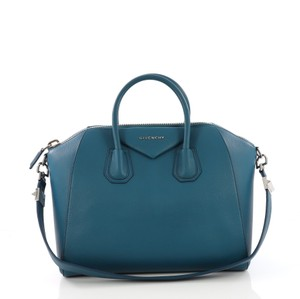 Givenchy Medium Tote in blue