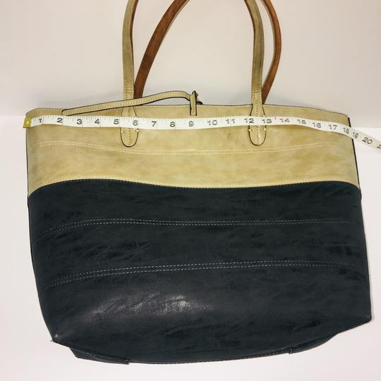Sydney Love Tote in tan/charcoal Image 11