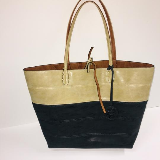 Sydney Love Tote in tan/charcoal Image 4