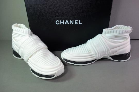 Chanel White with Black Trim Flats Image 2