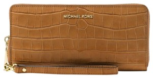 cf868d3fea21 Michael Kors Jet Set Travel Croco Croc Leather Continental Zip Wallet  Wristlet
