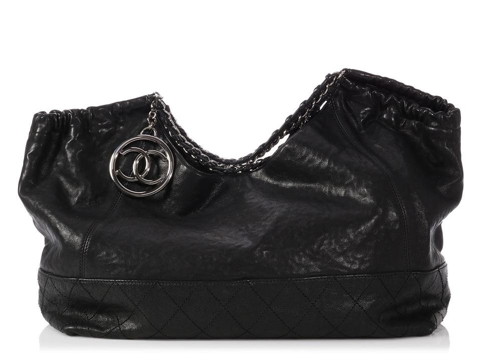 Chanel Ch.q0103.11 Chain Cc Silver Hardware Quilted Tote in Black ... 29982de996a77