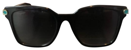 Preload https://img-static.tradesy.com/item/24770457/salvatore-ferragamo-sunglasses-0-1-540-540.jpg